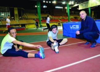 Photo of Macrozonaris with trainees.