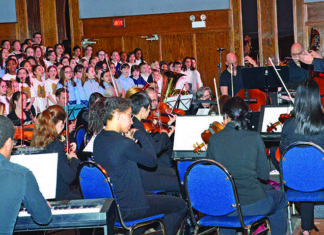 SWLSB Laval schools take part in 'King Midas'