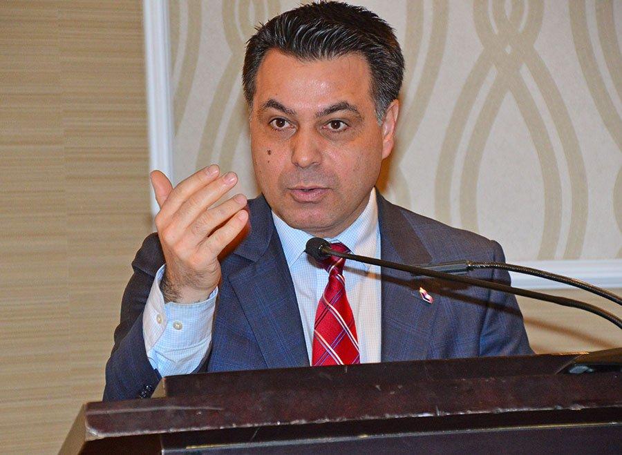 STL president David De Cotis