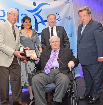 Sports Laval pays homage
