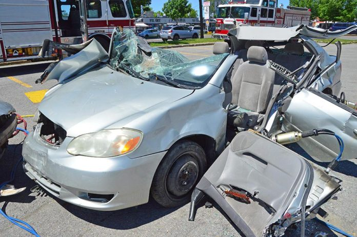 Laval Police used wrecked vehicles to hammer in their point about the dangers of speeding.