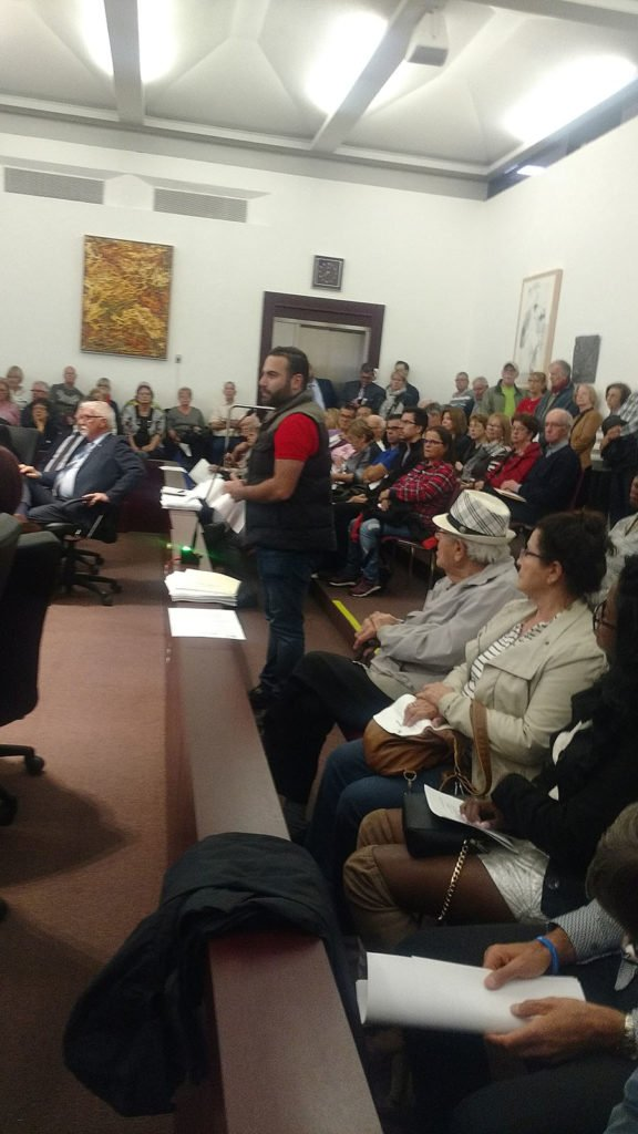 City Hall draws full house of disgruntled residents