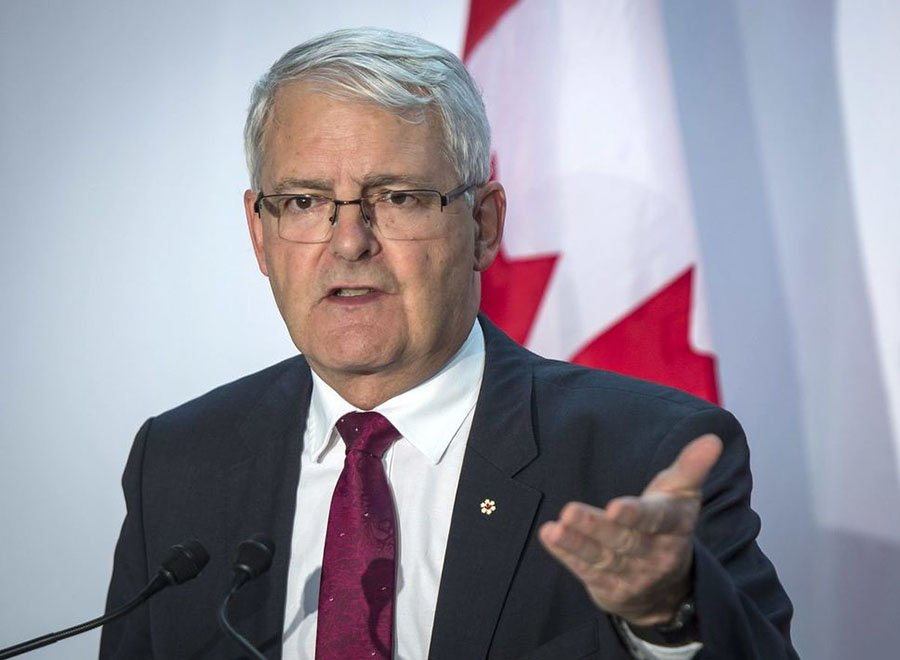 Transport Minister Marc Garneau supports 'Lunar Gateway'