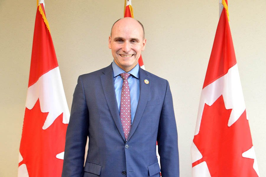 Beware Conservative budget cuts, Liberal govt's Duclos warns before election