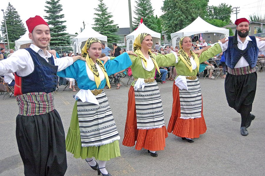 Thousands of proud Greeks attend Laval Hellenic Summer Festival