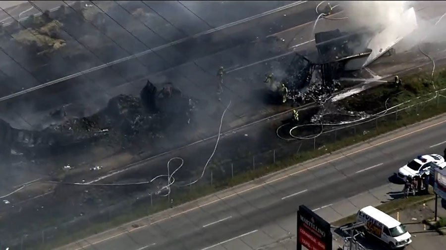 Laval highway crash leaves 4 dead and 12 injured