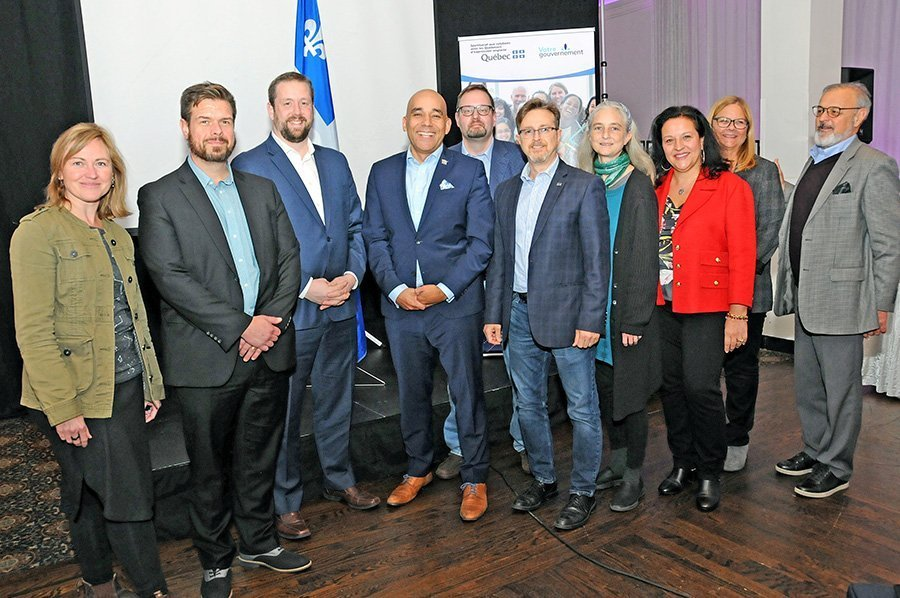 Quebec's Anglo liaison Christopher Skeete meets group leaders