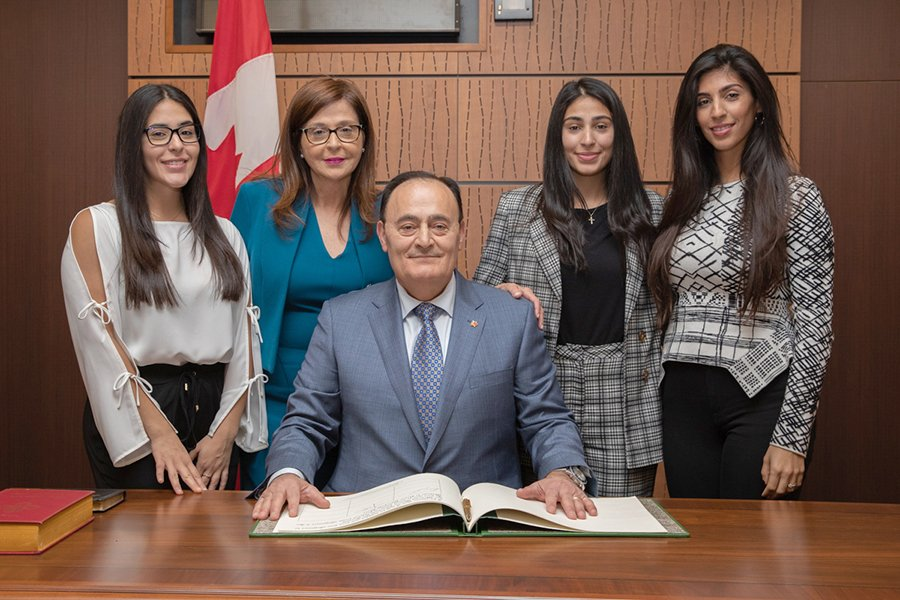 Fayçal El-Khoury sworn in as Laval Les Iles MP