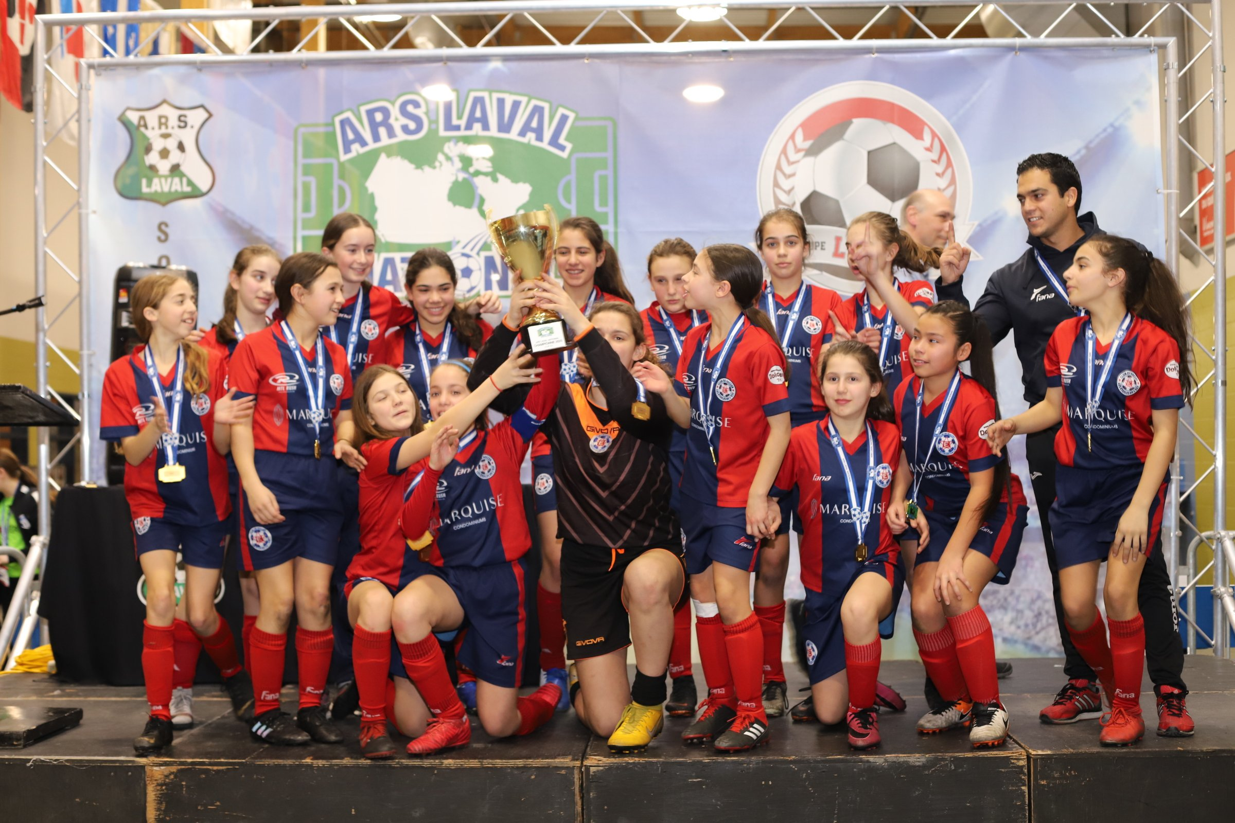 CS Etoiles de l'Est U12FD1  win ARS National Tournament