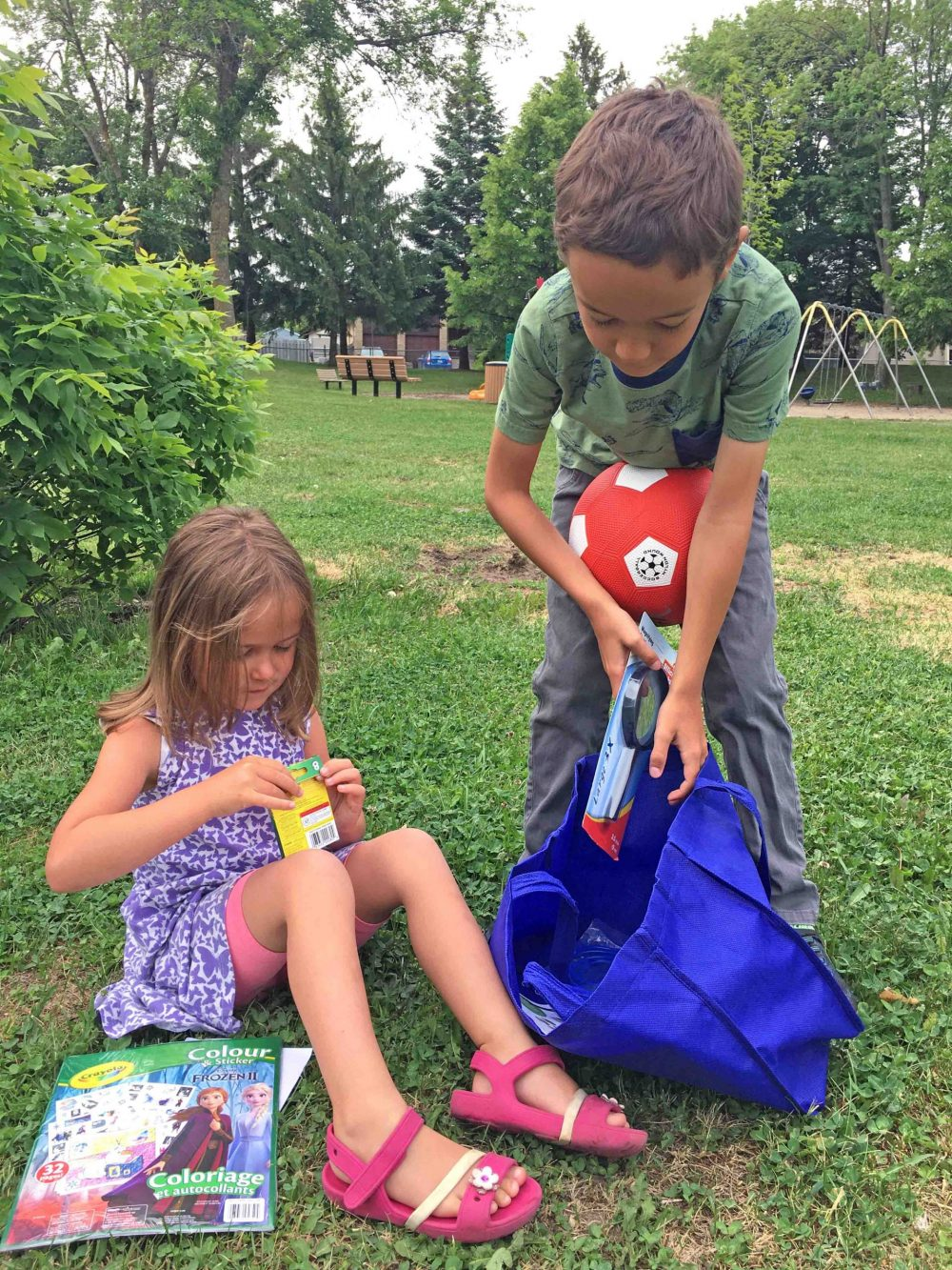 City to distribute 5,000 Fun Kits to children in Laval