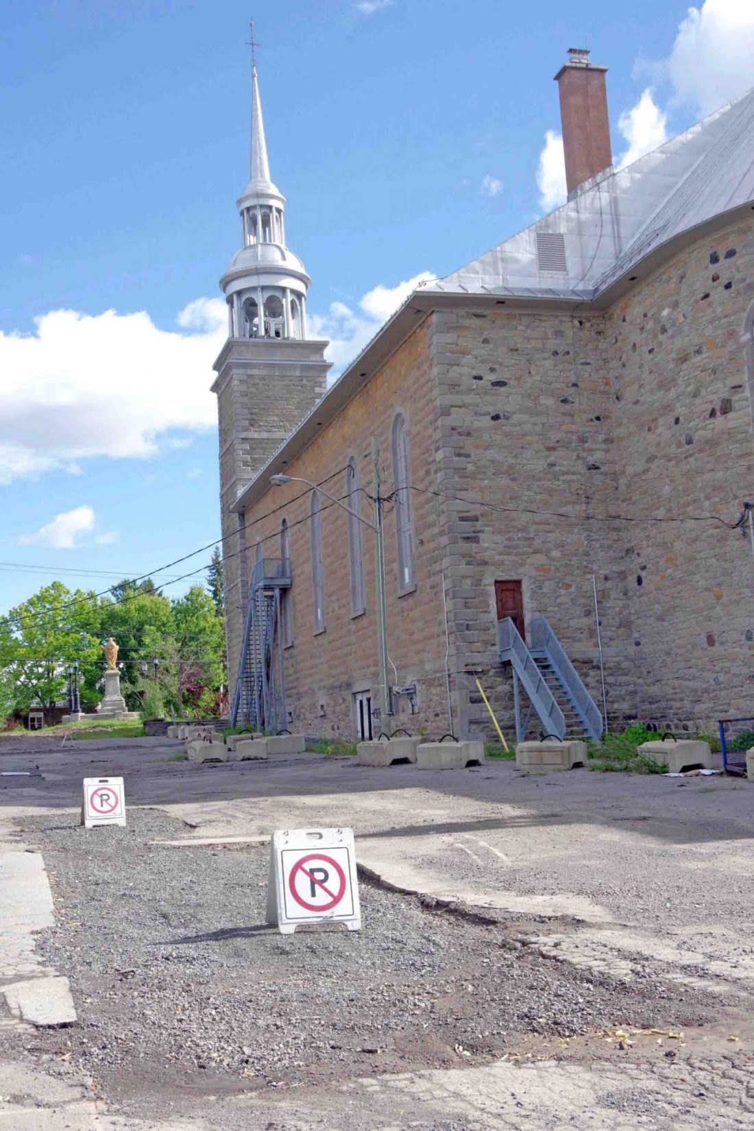 Sainte-Rose archeological dig turns up ancient artefacts