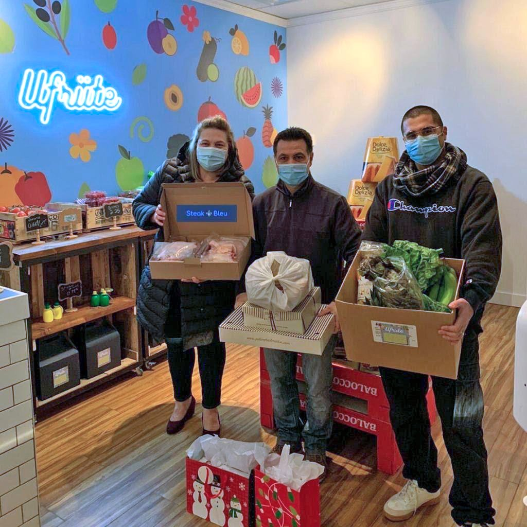 De Cotis unites with merchants to assist families at Christmas