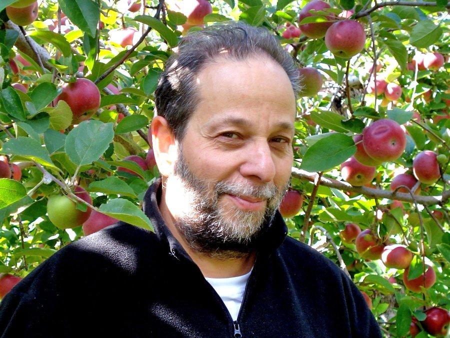 Writer Joel Yanofsky, originally from Chomedey, passes away