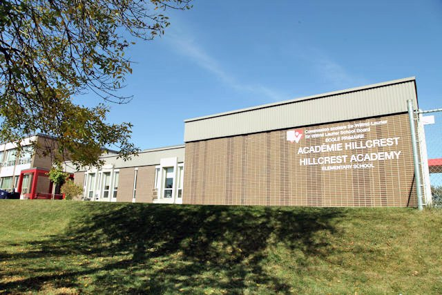 Outbreak of COVID-19 shuts Hillcrest Academy in Chomedey