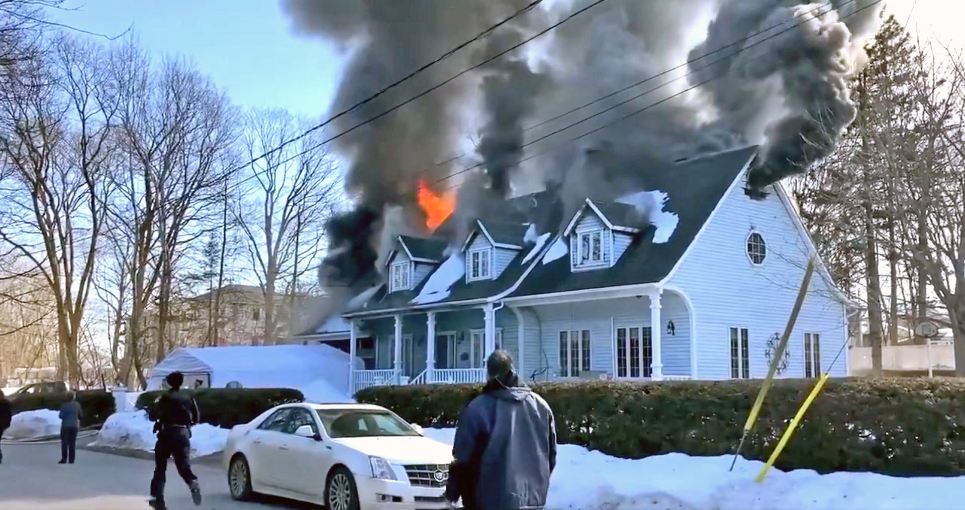 Fire damages two-storey home in Laval-Ouest